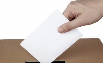 Voľba poštou voličom, ktorý má trvalý pobyt na území Slovenskej republiky a v čase volieb sa zdržiava mimo jej územia