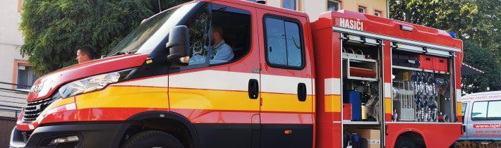 Slávnostné prevzatie hasičského automobilu IVECO DAILY